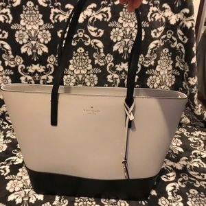 *almost new* KATE SPADE tote ♠️